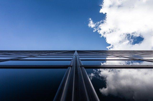 skyscraper-1149478_640